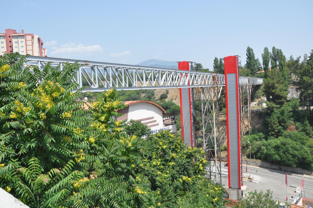 Yaya Köprüsünde Sona Doğru