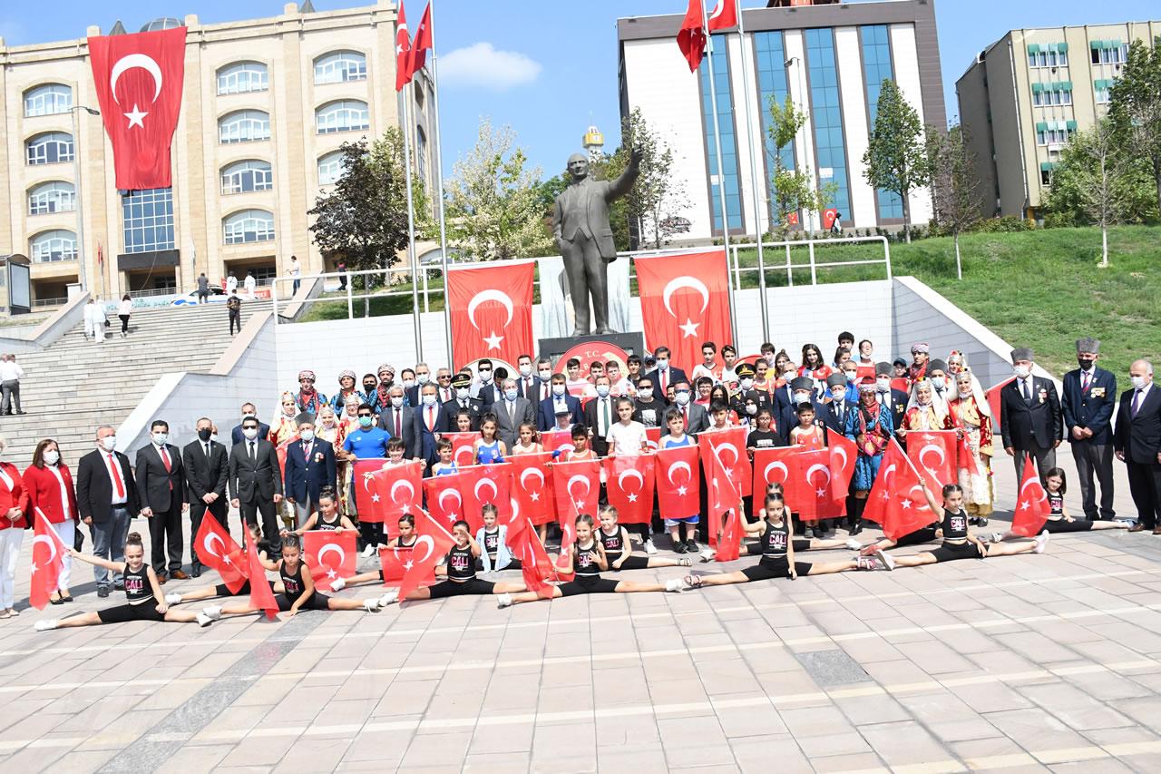 Karabük'te 30 Ağustos Zafer Bayramı'nın 99. Yıl Dönümü Düzenlenen Törenlerle Kutlandı